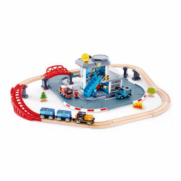 Hape - Circuit des secours - Dès 3 ans