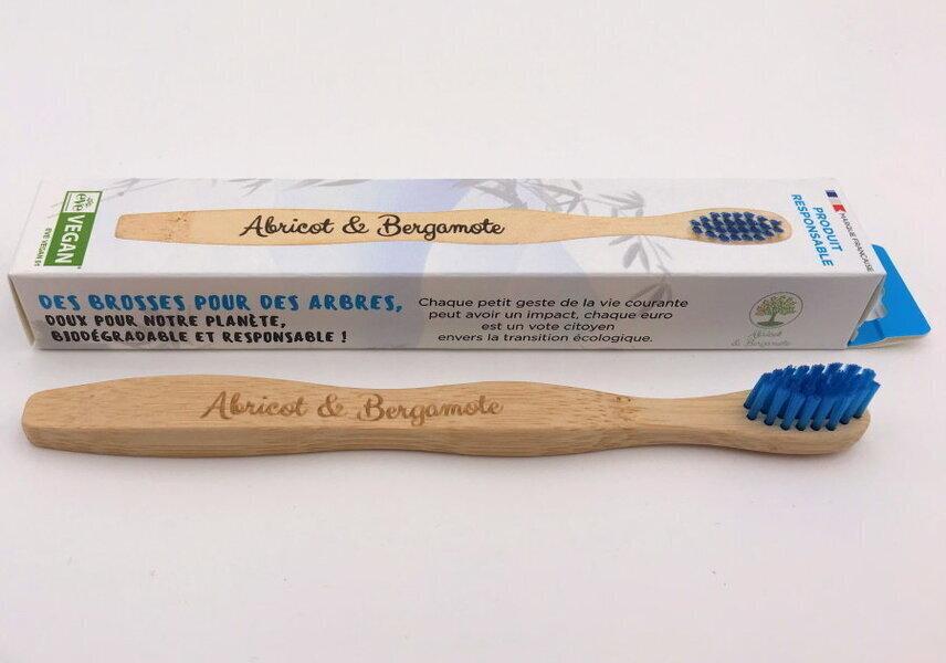 Abricot et Bergamote - Brosses à dent - Enfant bleu
