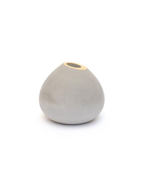 Gone's - BRUT - soliflore en béton Cream gold