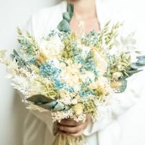 Réconciliation Végétale - Bouquet de fleurs séchées à base d'hortensia et d'eucalyptus
