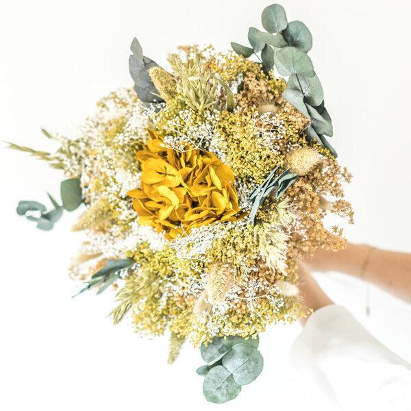 Réconciliation Végétale - Bouquet de fleurs séchées à base d'hortensia jaune