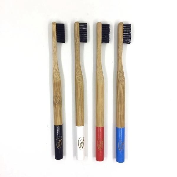 Dentismile - Brosse à dents en bambou, poils infusés au charbon SOUPLE blanc