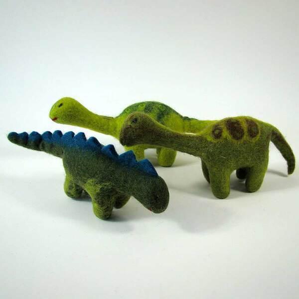 PAPOOSE TOYS - Monde des Dinosaures en laine feutrée - 3 dinosaures moyens