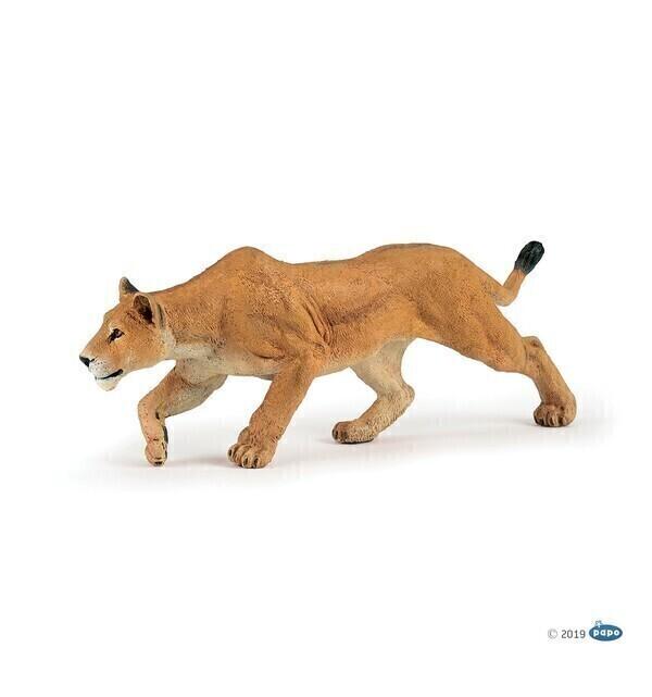 Papo - Lionne chassant
