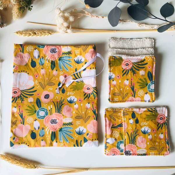 Anna et Jade - Lot de 5 lingettes lavables bio et pochon fleurs moutarde