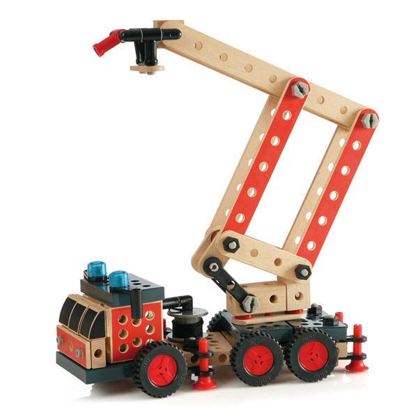 Brio - 34566 Camión de bomberos en madera
