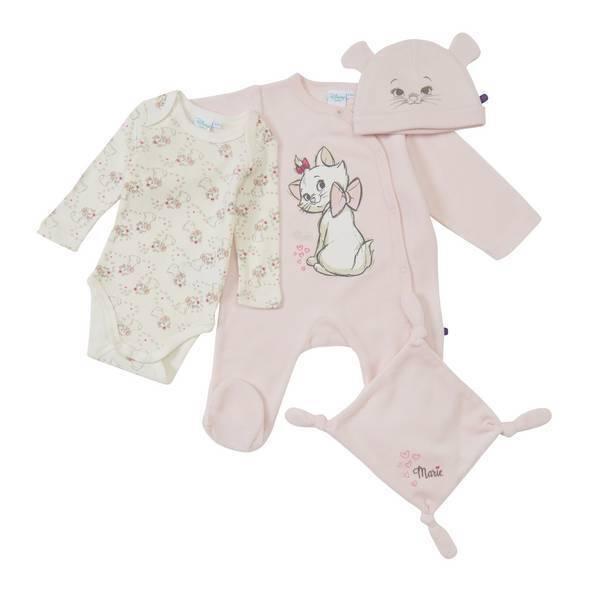 coffret cadeau naissance marie 0 1 6 9 mois disney baby la r f rence bien. Black Bedroom Furniture Sets. Home Design Ideas